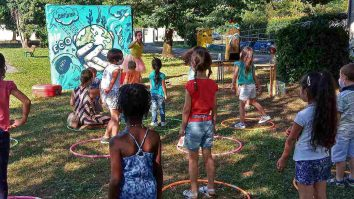 Il nostro spettacolo per bambini in Provincia di Lecco in modalità Sicura